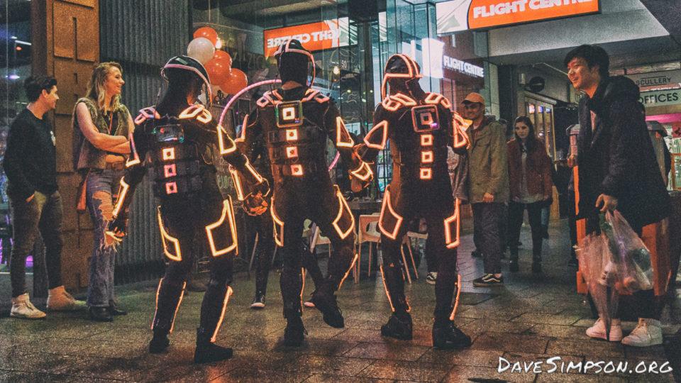 160804_Robotic Light Dancers_06